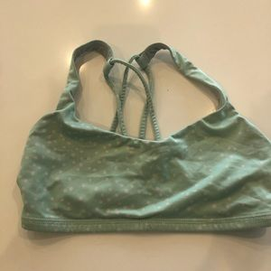 green lululemon bra